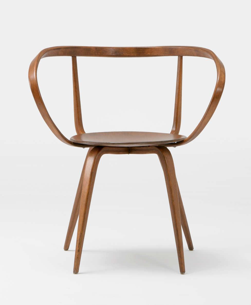 1952 bentwoodchair p248 mus 1051. Black Bedroom Furniture Sets. Home Design Ideas