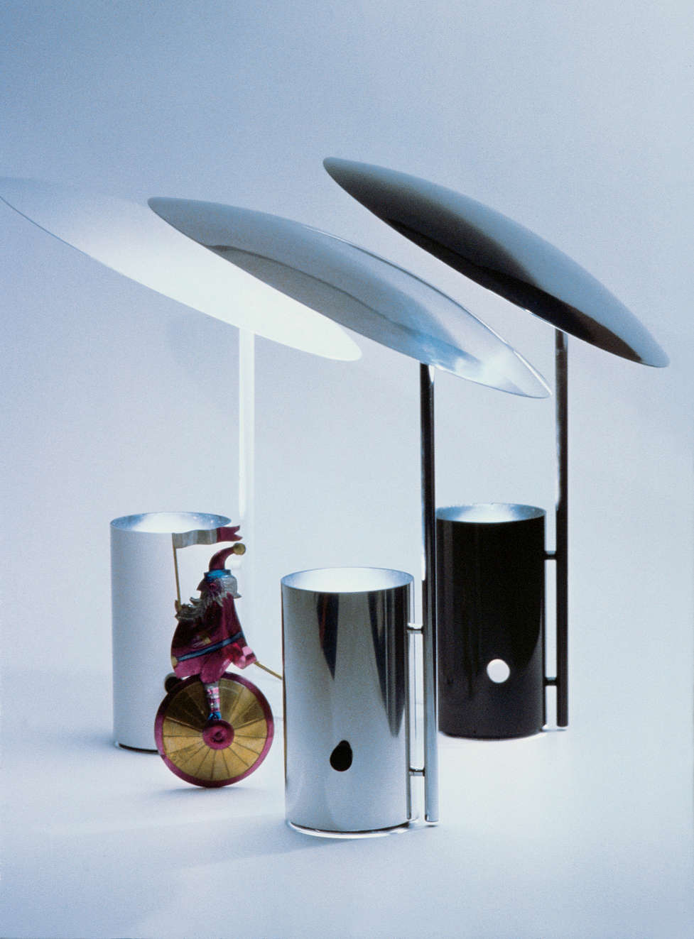Koch lowy half nelson table lamp for Half nelson table lamp